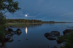 Естественный ландшафт загоренный луной Стоковое Изображение RF