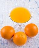 Естественный апельсиновый сок на Стоковое Изображение RF