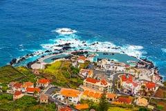 Естественный бассейн утеса, Порту Moniz, Мадейра Стоковое Фото