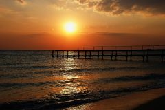 Естественный взгляд захода солнца моря Стоковое Изображение RF