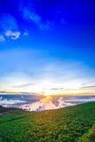 Естественный восход солнца захода солнца Phu Thap Boek, горы Phetchabun Небо ландшафта на восходе солнца рассвета захода солнца Н Стоковые Изображения