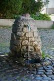 Естественный водный источник Над дизайном источника щебня Стоковые Изображения