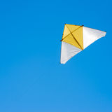 летание змея на небе Стоковая Фотография RF