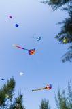 летание змея на небе Стоковое Изображение RF
