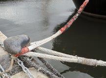 деталь веревочки вокруг пала Стоковые Фотографии RF