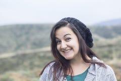 детеныши женщины зимы шлема Стоковое Изображение