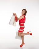 детеныши женщины покупкы мешков милые Стоковое фото RF