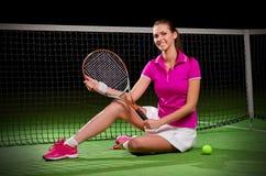 детеныши женщины тенниса игрока Стоковая Фотография RF