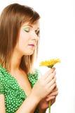 детеныши женщины gerber цветка стоковая фотография