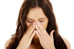 детеныши женщины sinus боли Стоковые Фото
