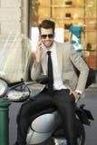 детеныши портрета предпосылки изолированные бизнесменом белые Стоковые Фотографии RF
