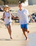 дети ¿ ï» бежать совместно Стоковая Фотография
