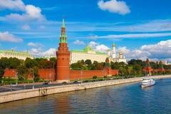 лето красного цвета kremlin зоны 2005 после полудня Стоковая Фотография
