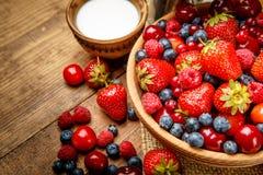 лето ягод свежее Стоковые Фотографии RF