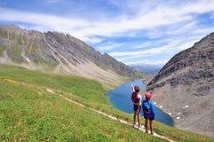 2 дет на озере Стоковая Фотография RF