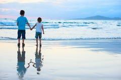 2 дет на пляже Стоковое Фото