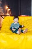 3 лет портрета мальчика времени жизнерадостных маленьких Стоковые Изображения