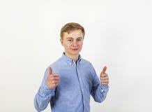 16 лет старого кавказского мальчика Стоковое Изображение RF