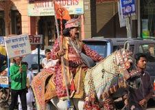 Ехать лошадь в торжествах Нового Года Стоковое фото RF