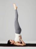 делать детенышей йоги женщины тренировок спорт девушки здоровый Стоковая Фотография
