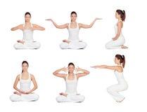 делать милую йогу женщины стоковое фото