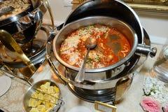 Еда в skillet Стоковая Фотография RF