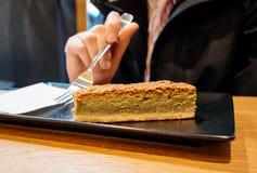 Еда женщины зеленого чая десерта кислая Стоковые Фотографии RF