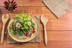 еда здоровая Салат с лапшами целлофана тип кухни Таиланда Стоковое Фото