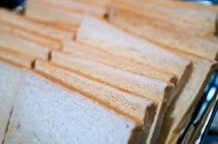 Отрезанный белый хлеб Стоковое Изображение RF