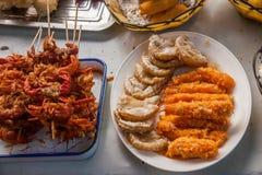 Еда коммерчески улицы древнего города Luzhi города Сучжоу Стоковое Изображение RF