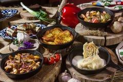 Еда на таблице Стоковые Изображения RF