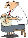 еда попкорна человека Стоковые Фотографии RF
