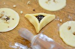 Еда праздника Purim еврейская - Hamentashen, Ozen Haman Стоковое фото RF