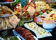Еда ресторанного обслуживании стоковые изображения rf
