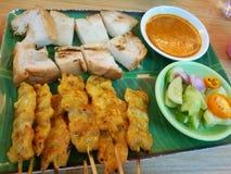 Еда свинины satay популярная в Таиланде Стоковое Фото