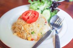 Еда стиля жареных рисов тайская Стоковое Изображение RF