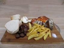 Еда традиционная еда, традиционный крестьянский chipper, который служат холод Стоковые Фотографии RF