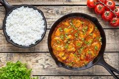Еда традиционного мяса цыпленка masala tikka пряного индийская с рисом Стоковое фото RF