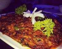 Еда цыпленка Стоковые Фото