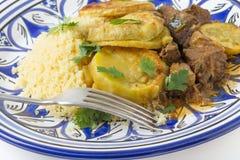 Еда tagine говядины и сладкого картофеля стоковые фото