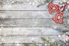 Елевые ветви с украшениями рождества Стоковая Фотография RF
