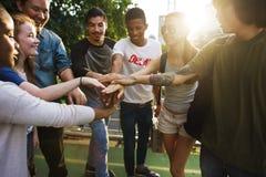 Единение приятельства людей собирает концепцию единства команды Стоковые Изображения