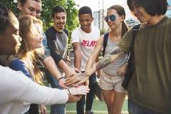 Единение приятельства людей собирает концепцию единства команды Стоковое фото RF