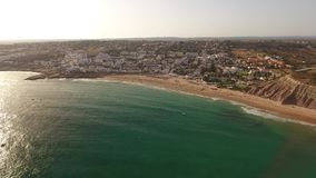 дел Летнее время на пляже купая Luz видеоматериал