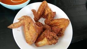Жареная курица с соусом рыб Стоковое Фото