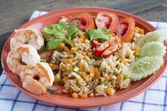 Жареные рисы креветки, жареные рисы с креветкой, тайской едой Стоковая Фотография RF