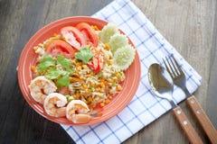 Жареные рисы креветки, жареные рисы с креветкой, тайской едой Стоковые Изображения RF