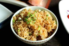 Жареные рисы с чесноком Стоковые Фотографии RF