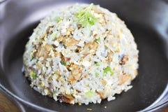 Жареные рисы Stir & x28; Азиатское food& x29; стоковые фото