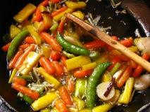 жарить овощи Стоковые Изображения RF
